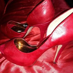 Jessica Simpson leather heels